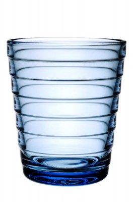 ainoaalto_glass_22cl_lightblue_iittala_moquentia.jpg