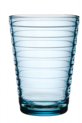 ainoaalto_glass_33cl_lightblue_iittala_moquentia.jpg