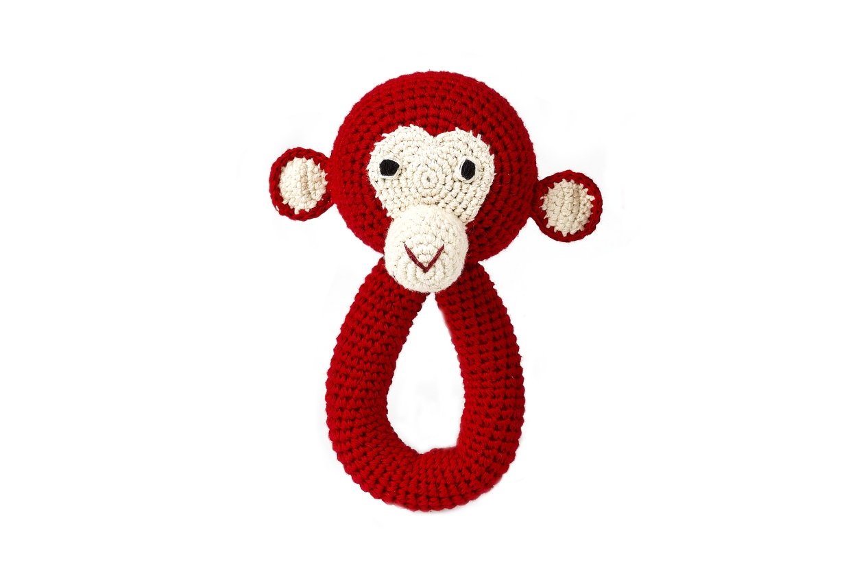 chimp_ring_red_040.jpg