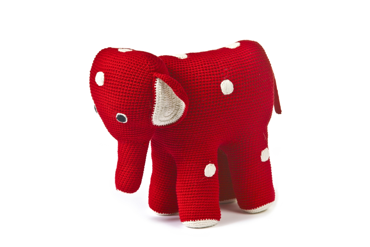 mama_elephant_red_040_-_kopie.jpg